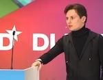 Павел Дуров (ВКонтакте) и Джимми Уэйлс (Wikipedia) на DLD Conference 2012